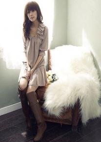 Платье свободного кроя с воланами