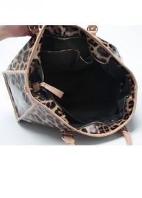 Леопардовая сумка декорированная молнией