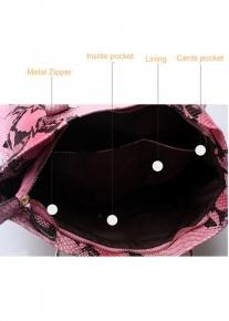 Эффектная кожаная сумка через плечо