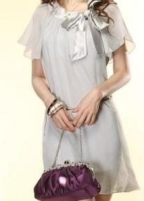 Шифоновое платье с поясом-цепочкой