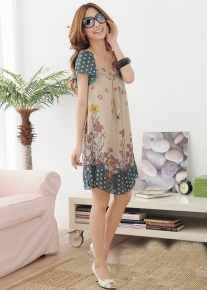 Свободное платье в цветочек