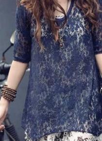Двухцветное кружевное платье