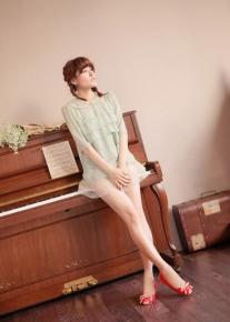 Лакированные балетки с контрастным носиком