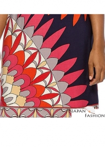 Красивое платье с броским принтом Emilio Pucci