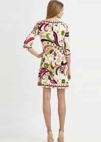 Эффектное платье с цветочным принтом Emilio Pucci