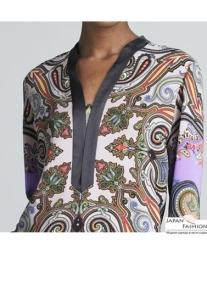 Эффектного кроя платье с орнаментом Emilio Pucci
