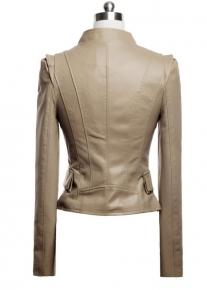 Приталенная красивого кроя куртка