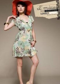 Легкое прогулочное платье