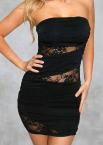 Эффектное черное платье с гипюром