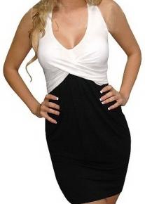 Черно-белое платье с фронтальным переплетением