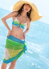 Яркий пляжный комплект