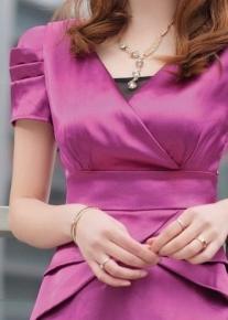 Оригинальное деловое платье
