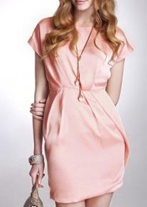 Нежное летнее платье со сборками на талии