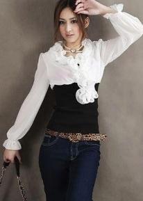 Элегантная шифоновая блузка с оригинальным воротом