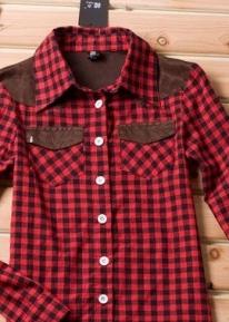Рубашка в клеточку с кармашками