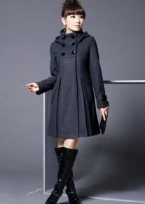 Посаженное пальто с капюшоном