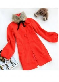 Пальто с стоячим воротником и кроем в стиле