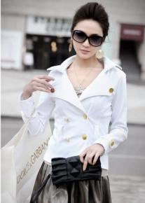 Двубортный пиджак с эффектным воротником
