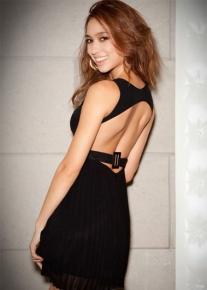 Плиссированное платье с открытой спиной