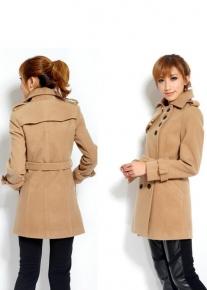 Оригинальное пальто с асимметричными элементами