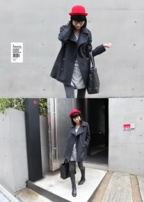 Двубортное пальто с классическим английским воротником