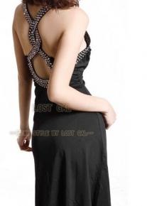 Вечернее платье с узором на спине