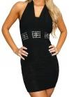 Черное платье с украшениями на поясе